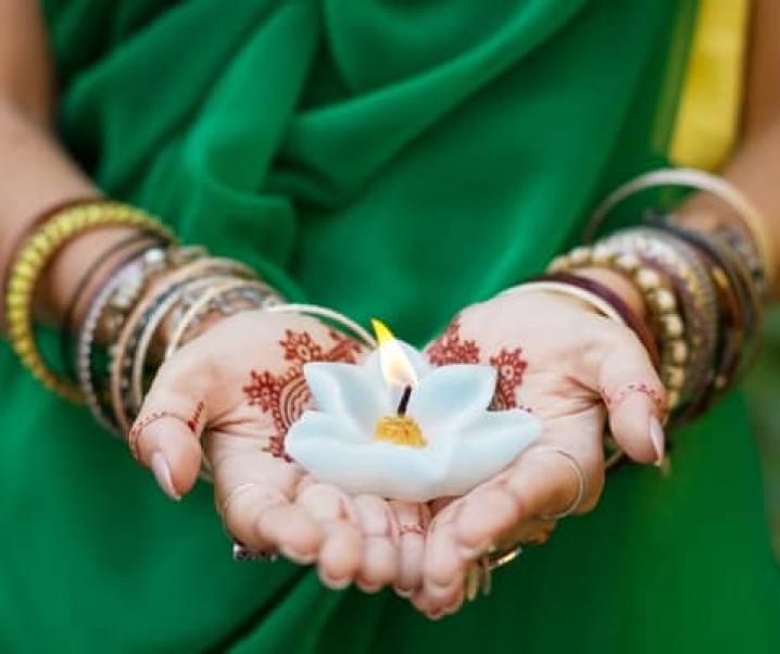 Was ist Ayurveda? Ernährung, Lifestyle & beste Empfehlungen.